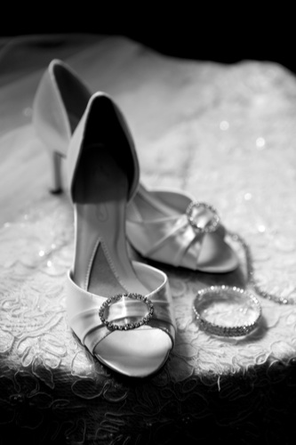 bridal shoes high heels with diamond bracelet